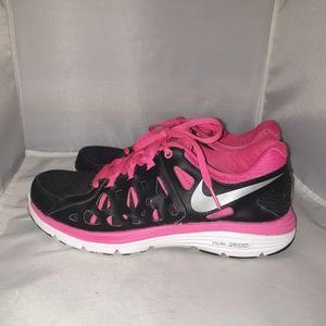 Nike Dual fusion Training shoes size 9.5